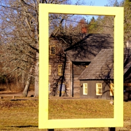 Yellow National Geographic window in Süvahavva village
